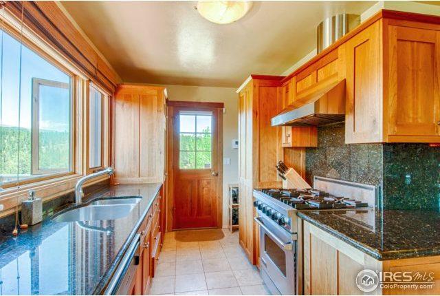 elkridge10-640x430 Boulder Heights Home with Views