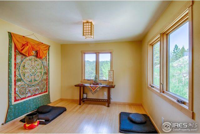 elkridge14-640x430 Boulder Heights Home with Views