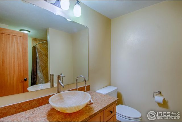 elkridge23-640x430 Boulder Heights Home with Views